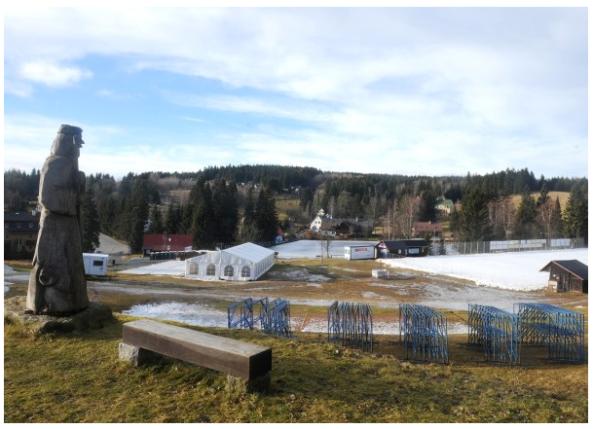 Snöläget 6 januari 2014 vid Bedřichov skidstation,alltså veckan innan Jizerská 50. Bilden lånad från arrangörens hemsida.